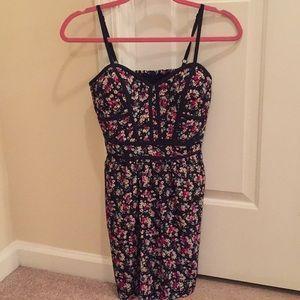 Jessica Simpson floral mini dress!